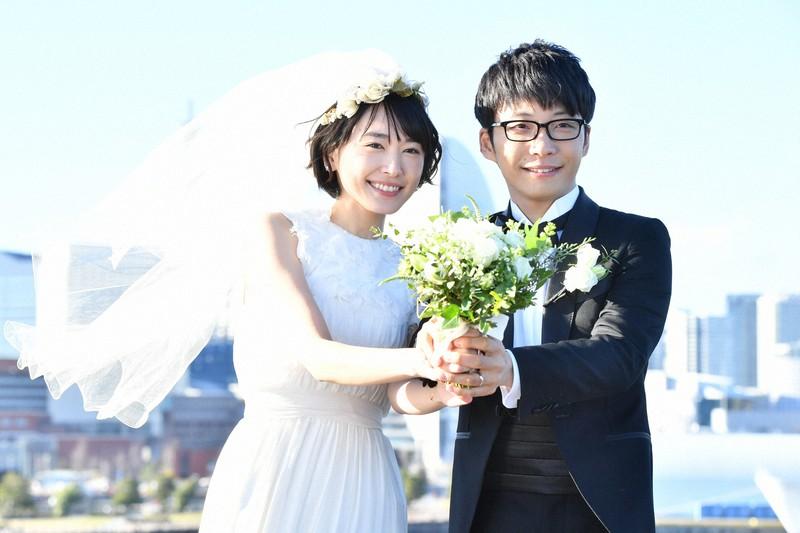 新垣結衣さんと星野源さんが結婚 ドラマ「逃げ恥」で共演 | 毎日新聞