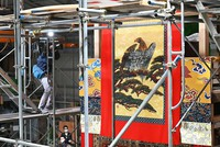 Decorations for the Takayama float, being rebuilt to return to the Gion Festival next year, are seen in Kyotamba, Kyoto Prefecture, on May 24, 2021. (Mainichi/Kazuki Yamazaki)