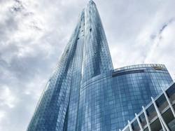 高さ271メートルの「クラウン・シドニー」 筆者撮影