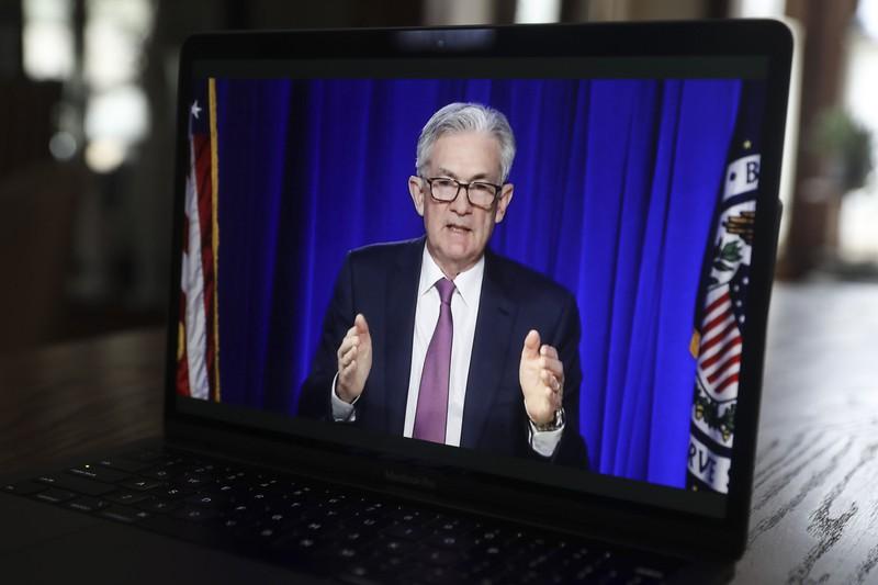 重要統計の結果がFRBの金融政策を左右する(パウエルFRB議長) (Bloomberg)