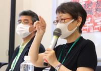 "Yuka Okamoto, right, and Sadaaki Iwasaki, organizing committee members of the Tokyo exhibit of ""After 'Freedom of Expression?'"" are seen during a news conference in Tokyo's Chiyoda Ward, on June 10, 2021. (Mainichi/Yuki Miyatake)"