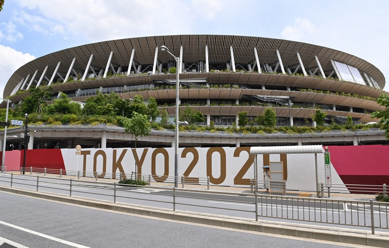 東京オリンピックのメイン会場となる国立競技場=2021年6月3日、大西岳彦撮影