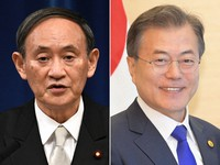 This combined file photo shows Japanese Prime Minister Yoshihide Suga, left, and South Korean President Moon Jae-in. (Mainichi)