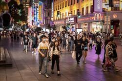 都市部の人口は大きく伸びている(中国・上海) (Bloomberg)
