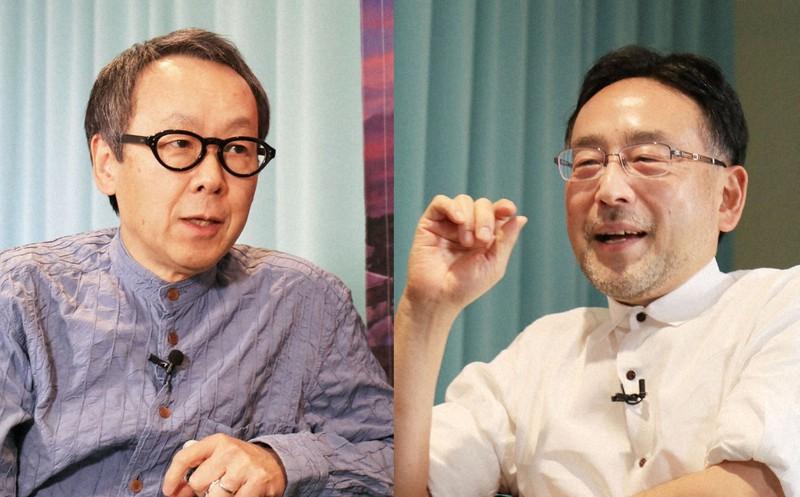 議論を交わす星野リゾート代表、星野佳路さん(左)と地域エコノミスト、藻谷浩介さん=東京都中央区で2021年6月8日、小林努撮影