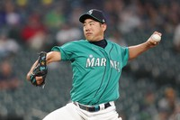 Seattle Mariners starting pitcher Yusei Kikuchi throws to a Tampa Bay Rays batter during the sixth inning of a baseball game on June 18, 2021, in Seattle. (AP Photo/Ted S. Warren)
