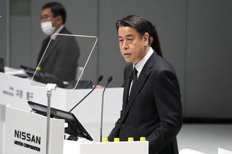 日産自動車の株主総会で発言する内田誠社長=2021年6月22日(同社提供)