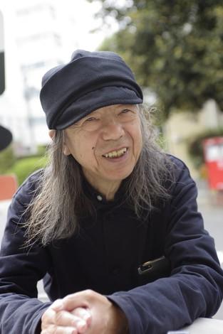 「来年のデビュー50周年を機に、これまでの足跡を本にまとめたいな、と思っています」 撮影=蘆田剛