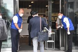 東芝株主総会に出席する株主ら=東京都新宿区で2021年6月25日、井川諒太郎撮影