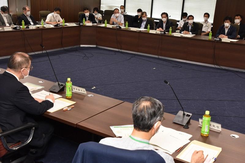 何人 東京 コロナ 東京都民の99%は、まだ新型コロナウイルスの抗体を持っていない