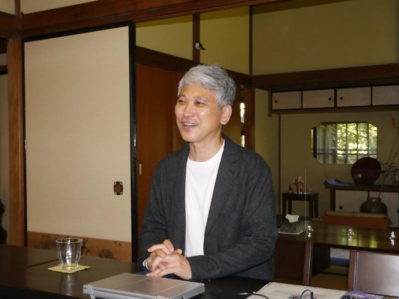 鎌倉投信の本社は、20人が入る座敷で運用報告会を行うなど受益者の交流拠点にもなっている