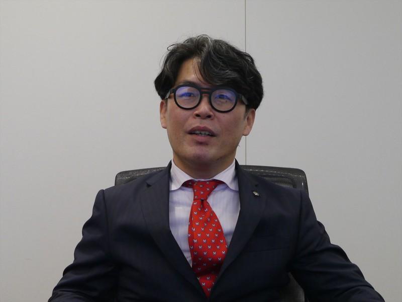 ファンドマネージャーの福田泰之さんは、運用19年、企業調査7年のベテランだ
