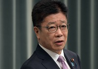 Chief Cabinet Secretary Katsunobu Kato is seen during a press conference at the prime minister's office on July 19, 2021. (Mainichi/Kan Takeuchi)
