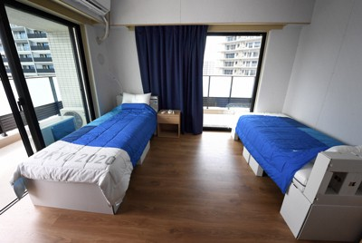 東京オリンピック・パラリンピック選手村居住棟の部屋=東京都中央区で2021年6月20日、竹内紀臣撮影