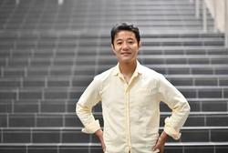 早稲田大院の入山章栄教授=東京都新宿区で、丸山博撮影