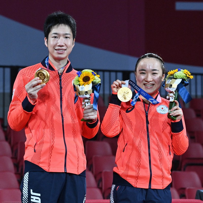 水谷隼・伊藤美誠組が金メダル 日本卓球界初、悲願達成   毎日新聞