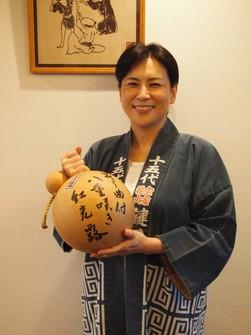 Akiko Amano, a pyrotechnician and the 15th head of Sohke Hanabi Kagiya Co., is seen in Tokyo's Edogawa Ward on July 7, 2021. She is the sole Japanese referee for judo in the Tokyo 2020 Olympic Games. (Mainichi/Kazuo Yanagisawa)
