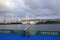 Jonathan Brownlee of Great Britain warms up at Odaiba Marine Park before the start of the men's individual triathlon at the 2020 Summer Olympics, on July 26, 2021, in Tokyo, Japan. (AP Photo/David Goldman)