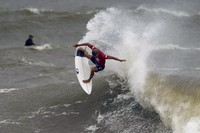 Japan's Kanoa Igarashi maneuvers on a wave during the semifinals of the men's surfing competition at the 2020 Summer Olympics, on July 27, 2021, at Tsurigasaki beach in Ichinomiya, Japan. (AP Photo/Francisco Seco)