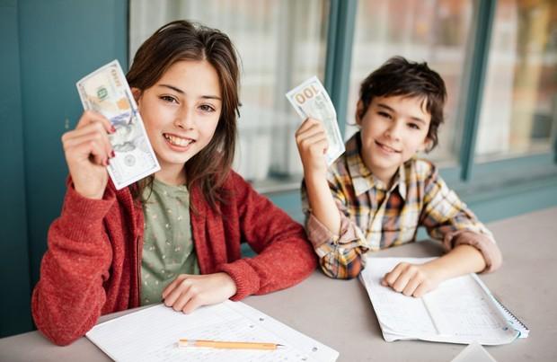子どものうちから「機会費用」について学ぶ