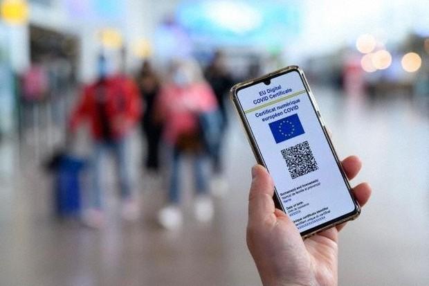 「新型コロナワクチン接種済み」などを証明する欧州連合(EU)の「EUデジタルCOVID証明書」=EUのウェブサイトから