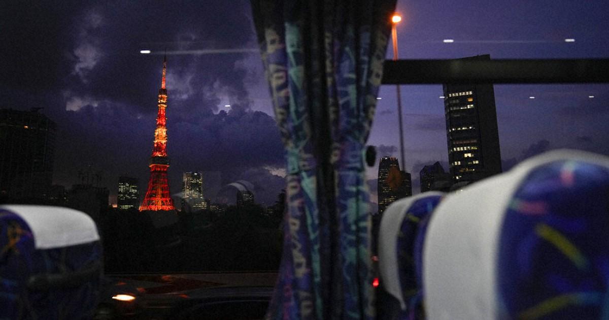 """Atletas são expulsos das Olimpíadas após saírem para """"turistar"""" em Tóquio"""