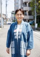 Akiko Amano, the 15th-generation head of Sohke Hanabi Kagiya Co., is seen in Tokyo's Edogawa Ward on Aug. 4, 2020. (Mainichi/Kota Yoshida)