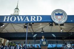 ハワード大学卒業式ではオバマ元大統領がスピーチしたことも(2016年) (Bloomberg)