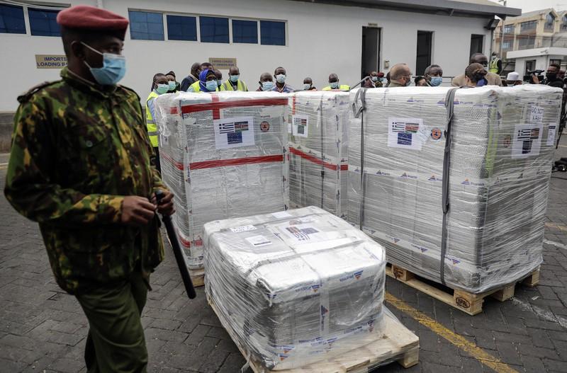 Vaksin dikirim ke bandara Kenya melalui COVAX = Nairobi, 6 Agustus, AP