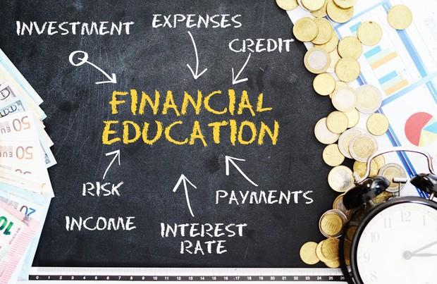 家庭でできる「金融教育」はあるのか…