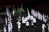 Members of the Refugee Paralympic Team enter the venue during the opening ceremony of the Summer Paralympic Games, at the Japan National Stadium in Tokyo's Shinjuku Ward on Aug. 24, 2021. (Mainichi/Tatsuya Fujii)