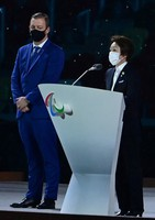 Seiko Hashimoto, right, head of the Tokyo Organising Committee of the Olympic and Paralympic Games, and International Paralympic Committee President Andrew Parsons are seen during the opening ceremony of the Summer Paralympic Games, at the Japan National Stadium in Tokyo's Shinjuku Ward on Aug. 24, 2021. (Mainichi/Tatsuya Fujii)
