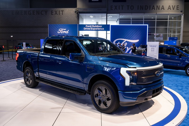 フォードが投入するEVピックアップトラック「F150ライトニング」 (Bloomberg)