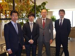 三井住友DSAMの「アクティブ元年」は4人チームで運用する(左から木田裕さん、金子将大さん、古賀直樹さん、梅原康司さん)