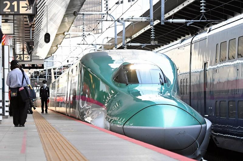 東京駅に到着した東北新幹線=2021年2月24日、竹内紀臣撮影