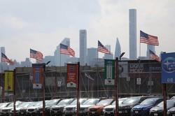 米ニューヨークのスバル中古車販売店 Bloomberg