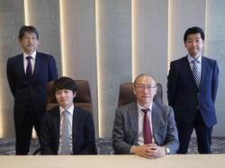三井住友DSAM「アクティブ元年」の運用者4人が選んだ銘柄とは(左から梅原康司さん、金子将大さん、古賀直樹さん、木田裕さん)