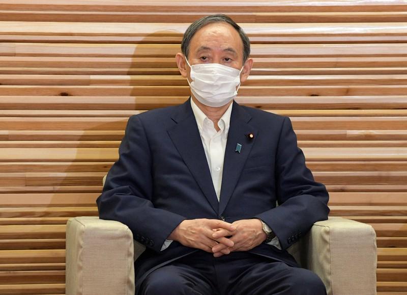閣議に臨む菅義偉首相=首相官邸で2021年9月3日午前10時2分、竹内幹撮影