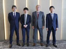 三井住友DSAMの「アクティブ元年」はベテランと若手の力の「相乗効果」を狙う(左から梅原さん、金子さん、古賀さん、木田さん)