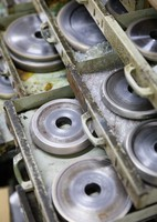 Diamond grinding discs are seen at Edo Kiriko workshop Hanashyo in Tokyo's Koto Ward on March 11, 2020. (Mainichi/Kota Yoshida)