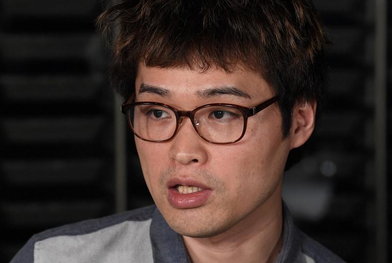 評論家の荻上チキさん=東京都千代田区で2019年12月14日、竹内紀臣撮影