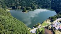 Hokuryu Lake, which is shaped like a heart, is seen in this photo provided by the Shinshu-Iiyama Tourism Bureau.