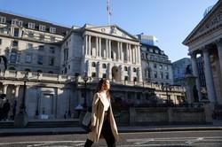 ロンドン・シティーにあるイングランド銀行本店(今年8月) Bloomberg