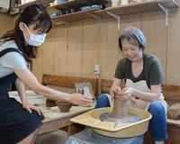 Maya Otani, right, is pictured on Aug. 5, 2021 in Tokyo's Setagaya Ward. (Mainichi/Daichi Matsuoka)