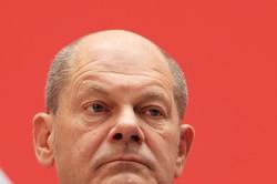 ドイツ連邦議会選挙で躍進した社会民主党(SPD)のショルツ党首。緑の党、自由民主党との連立政権を目指す(21年9月ベルリンで) Bloomberg
