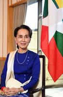 Aung San Suu Kyi is seen on Oct. 23, 2019, in Tokyo's Chiyoda Ward. (Mainichi)