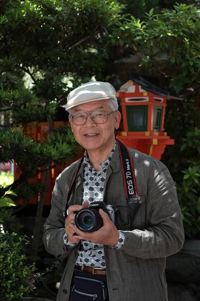 花街の美と巡礼の心を撮り続ける――「聖」と「俗」の写真家、溝縁ひろしさんインタビュー