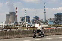習近平政権はエネルギー生産能力の向上を目指すが…… Bloomberg