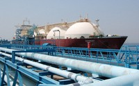 A ship carrying liquefied natural gas from Qatar is seen docked at an LNG receiving terminal in Chita, Aichi Prefecture, on April 14, 2017. (Mainichi)