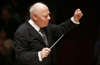 In this Nov. 20, 2009 file photo, Principle Conductor of the Chicago Symphony Orchestra Bernard Haitink conducts the Boston Symphony Orchestra in the Brahms Symphony No. One in Boston. (AP Photo/Steven Senne)